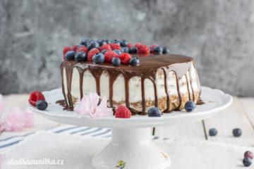 Výroční ořechový dort s mascarpone