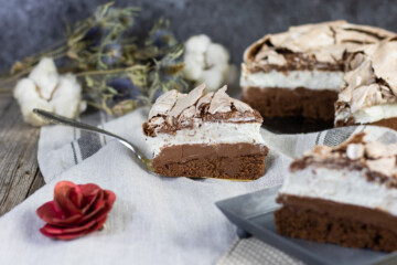 Extra čokoládový dort s meringue