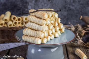 Trubičky s vanilkovou šlehačkou